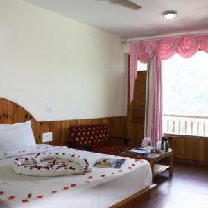 manu-allaya-honeymoon-package